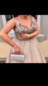 Stunning prom/wedding/occasion dress