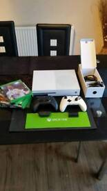 Xbox One S 500GB as NEW with 6 games two controllers GTA5 Fifa 18 Rocket league COD WW2
