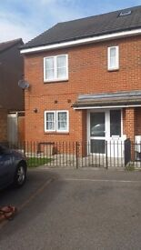 House exchange - 3 bed house in Potters Bar wanting 3/4 bed House