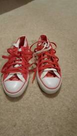 Pink ladies converse size 5