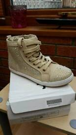 Brand new high top diamonds trainers size 3