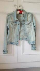 Lightwash Denim Jacket Distressed-look H&M Size US 10