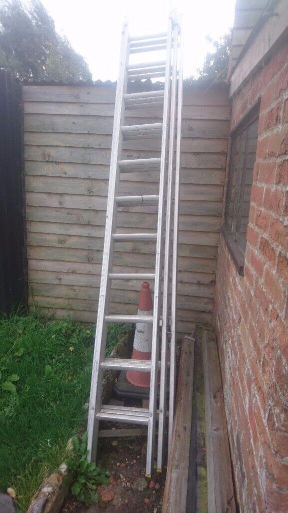 Tripple extension ladder