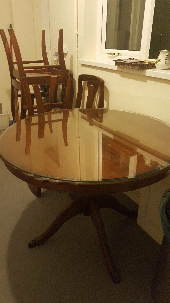 Mahogany Round Dining Table and 4 Chairs