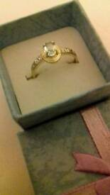 9ct gold ring with blue topaz