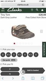 Clarks shoes 4G