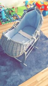 Moses basket (Grey and Blue)