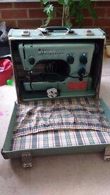 Viking Husqvarna type 19E Sewing machine Vintage Heavy Repair or Parts Display