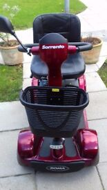 Mobility scooter roma sorento very good condition £375 tel 07514056225