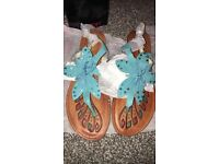 Ladies brand new sandles in box 37