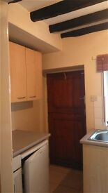 2 BEDROOM; UNFURNISHED; DENBIGH