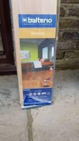 1 pack of laminate flooring