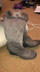 Boots size5