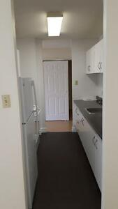 Do you need a place for Feb 1? Move here! $890 for 2 bedroom