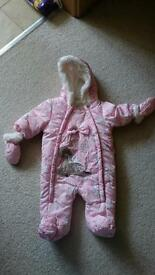Girls winter snowsuit 0-3 Months