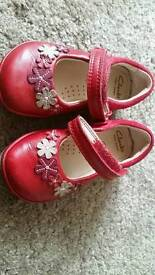 Clark girls shoes size 4f
