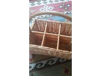 6 bottle wicker basket