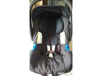Britax Baby SAFE PLUS SHR II Car Seat and Isofix Base