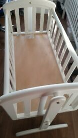 WHITE SWINGING CRIB £20