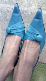 Unusual colour heels