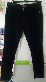 X2 pairs of Women's jeans