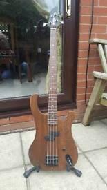 Custom Yamaha Bass. Swap SG Explorer LP