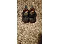 Clarks boys shoes size 3 1/2 f