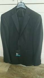 Mens dinner suit and dress shirt. NEW