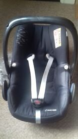 Maxi cosi car seat and adapters