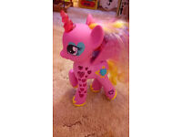 My Little Pony Cutie Magic Mark Glowing Hearts Princess Cadance