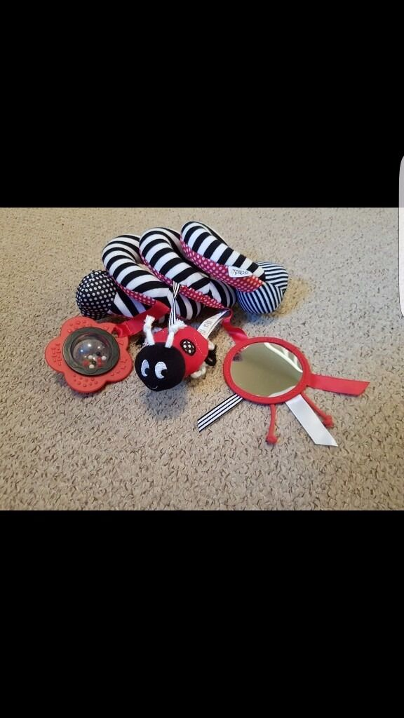 Mamas & Papas spiral toy