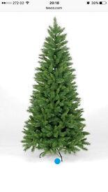 GRAB A BARGAIN! Realistic 7ft Duchess Spruce Slim Christmas Tree! Like new!