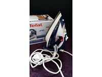 Tefal Aquaspeed Steam Iron FV5370
