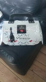 Prosecco gift bag with chocolates