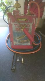 Turbo set 90 lead welding equipment.