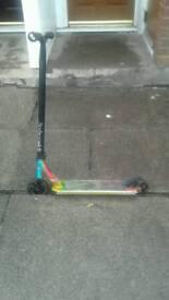 Blunt Envy scooter