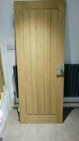 Heavy Oak Vaneer Door (1)
