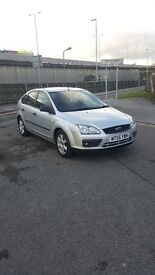 ford focus 1.6 zetec ****** OPEN TO OFFERS ****** LOW MILEAGE
