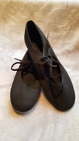 Childs Tap Shoes