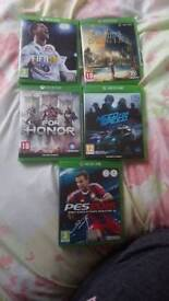 Xbox one with games and 2pads read