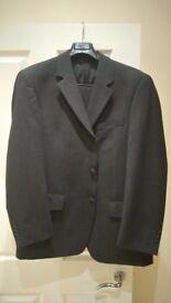 Mens charcoal 2 peice suit