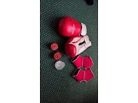 hello im selling second hand kick-boxing equipment