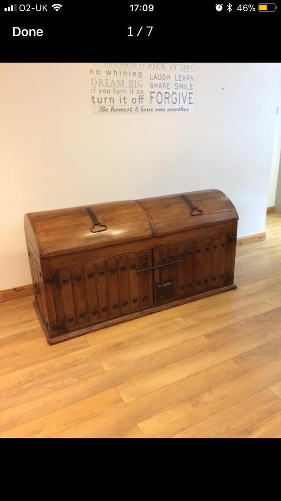 Vintage solid wood chest / trunk
