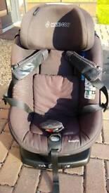Maxi-cosi Axissfix childs car seat