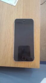 Iphone 5s 32gb (black and grey) very good condition.
