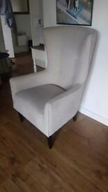 Grey soft arm chair good as new