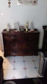 Old charm unit + cupboards