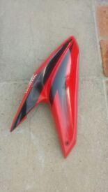 2012 Honda CBF 125 right hand fairing with minor scuff and crack