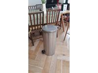 30L Brabantia kitchen pedal bin