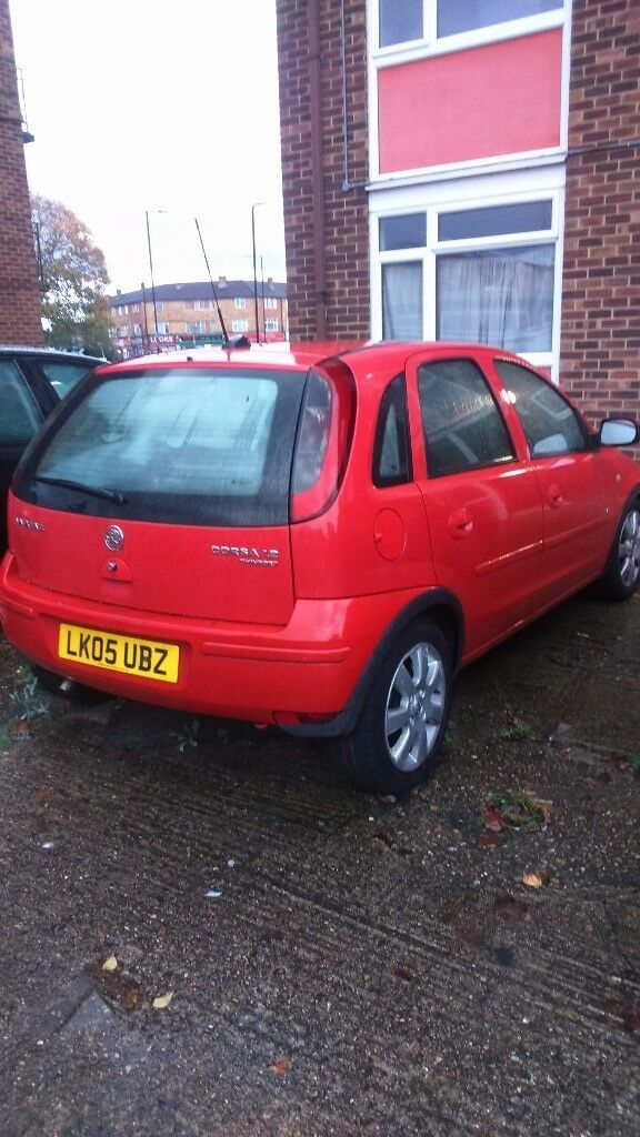 NEW DRIVERS AUTOMATIC CORSA 1.2 MILEAGE 4300 MOT DRIVE VERY GOOD QUICK SALE £850